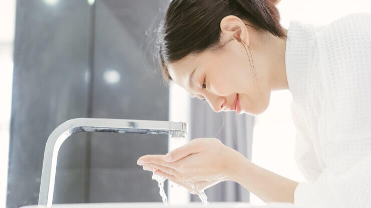 毛穴の汚れをしっかり落とせる洗顔のやり方