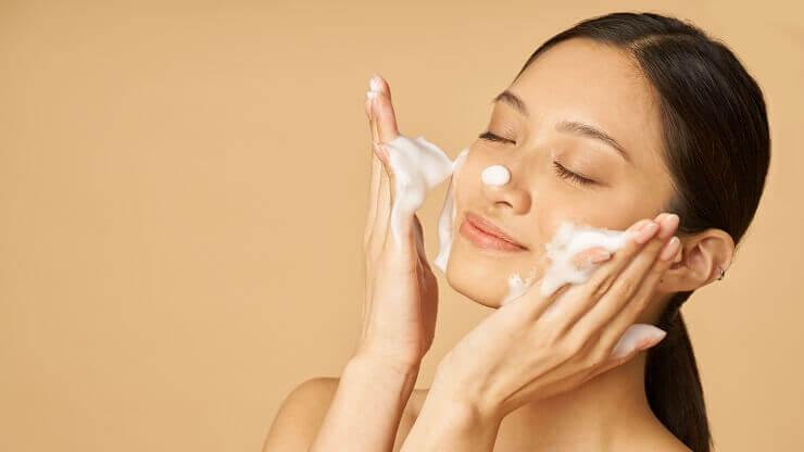 【黒ずみ毛穴】におすすめの洗顔料TOP3