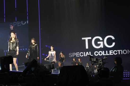 【TGC SPECIAL COLLECTION】ショーの幕開け!人気モデルが彩るステージ -TGC'14 S/S Report-