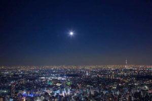 夜の東京を一望できる