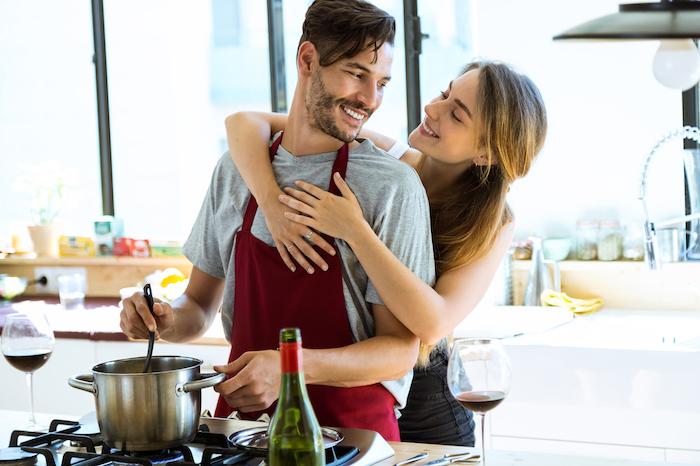 鍋パーティーで好きな人と距離が縮まる!人気鍋・変わり鍋を一気に紹介!