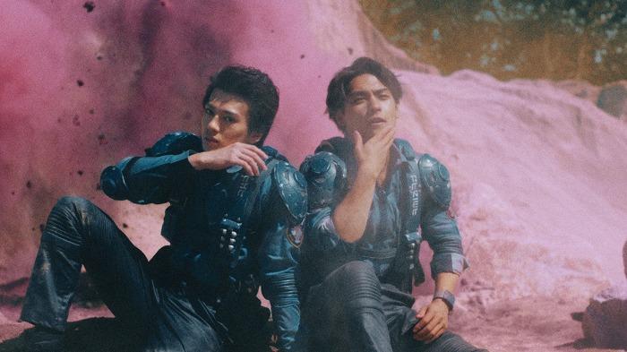 柳楽優弥×新田真剣佑の刑事コンビがクールすぎる♡米津玄師のテーマ曲が流れるギャツビーの動画公開
