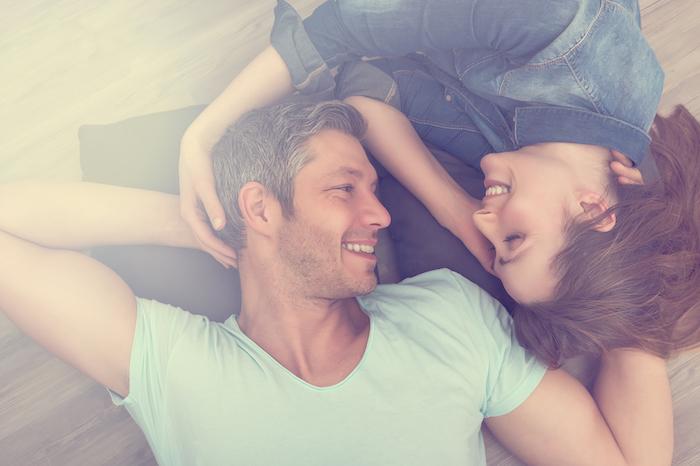 """年の差があるからこそ感じる""""年上彼氏""""の魅力と「かわいい」と思う瞬間"""
