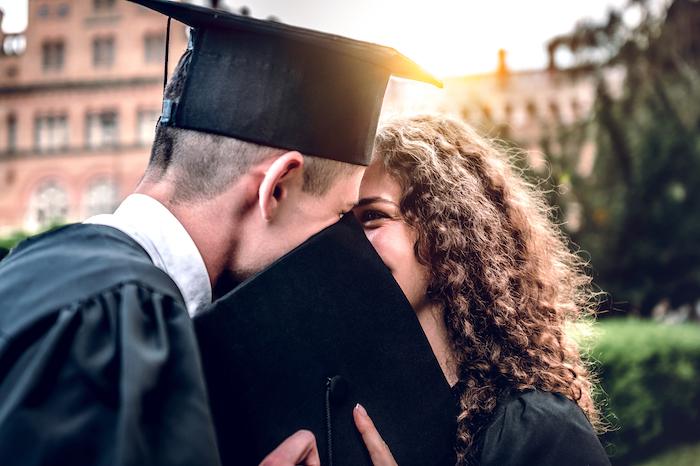 卒業前に好きな人に気持ちを伝えたい!おすすめ告白シチュエーション6つ