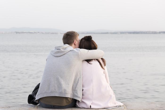 元彼と戻りたい!別れたのがこんな理由なら復縁から結婚の可能性が高い!?