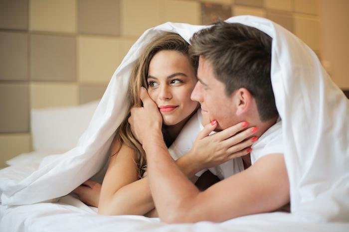 ちゃんと彼氏に「好き」って言ってる?男性が好きな愛情表現を学んでおこう!