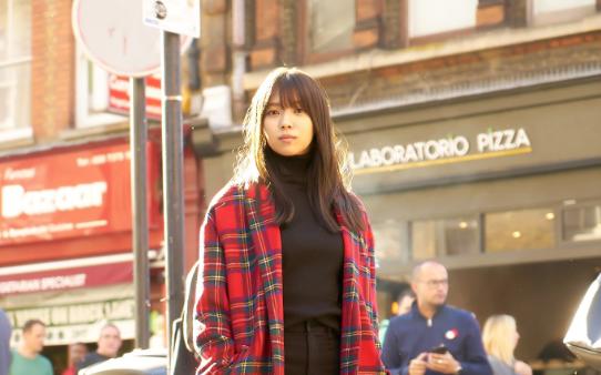 欅坂46 紅白センター・小林由依の写真集アザーカット公開にファン大興奮「何頭身だよ」