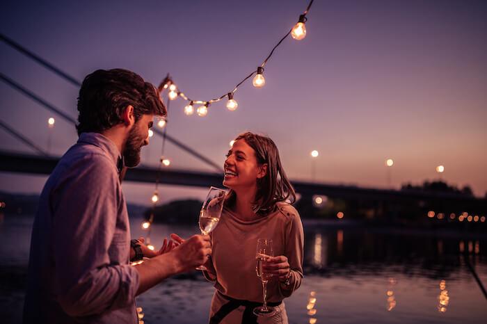 初デート、どこまでいくべき?最初は食事だけにしておいたほうが良い4つの理由