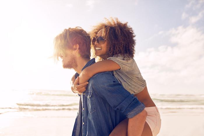 愛しいってどんな感情?女性が彼氏を離したくないと思う6つの瞬間