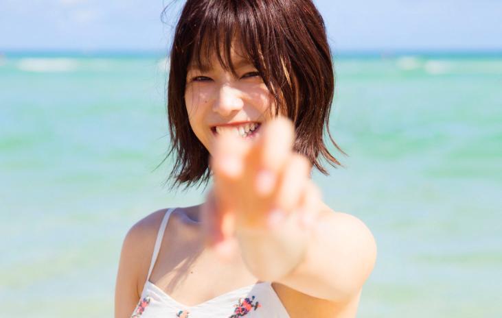 女子も惚れる可愛さ!欅坂46、渡邉理佐の1st写真集にきゅん♡