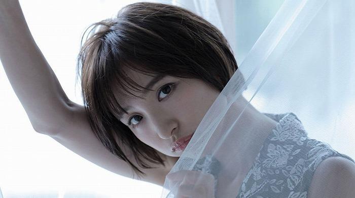 s-篠田麻里子01