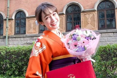 藤井サチ、上智大学を卒業 「才色兼備」「両立お疲れ様」祝福の声溢れる