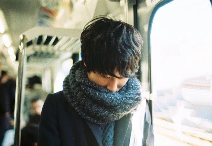 運命の出会いかも♡通勤電車で気になる人にアプローチする方法とは?