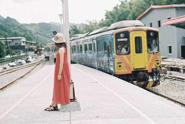 【夢占い】人生を暗示する?!電車の出てくる夢が意味するものとは