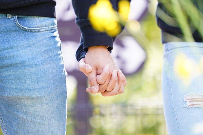 会いたいのに会えない距離・・・遠距離恋愛を幸せに乗り越えるコツ