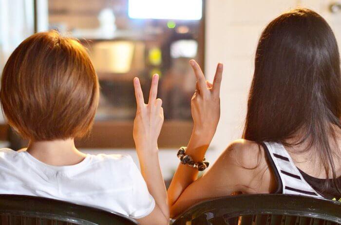男も女も惚れる!『イケメン女子』の特徴とモテる理由とは?