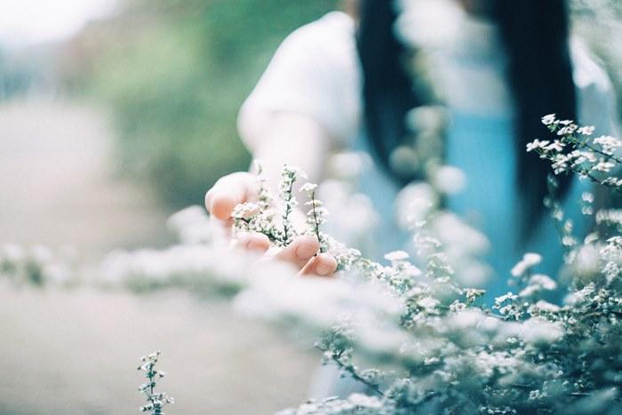 繊細なのは素敵な長所!繊細な性格を受け入れて幸せに生きるコツとは