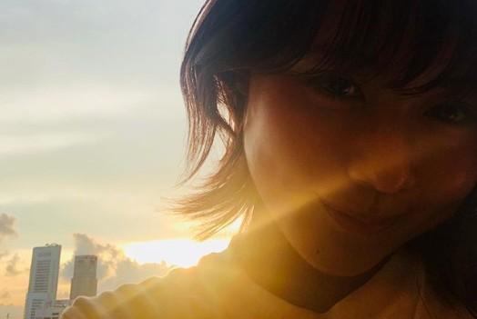 有村架純、逆光生かした自撮りショットに反響「太陽に負けない」「美しさ倍増」
