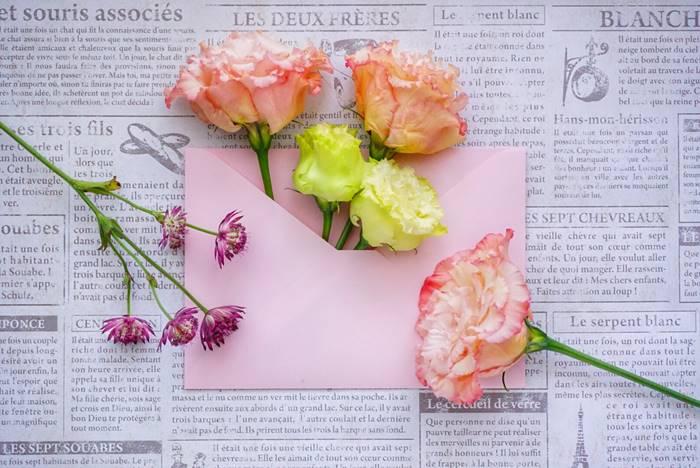 付き合って1ヶ月記念のプレゼントには手紙がオススメな理由3つ