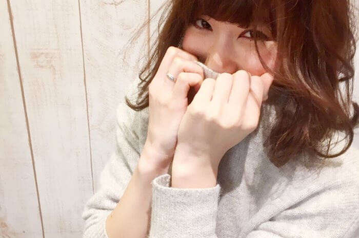 """""""カワイイ""""はつくっていこう!女性を可愛く見せる仕草8選"""