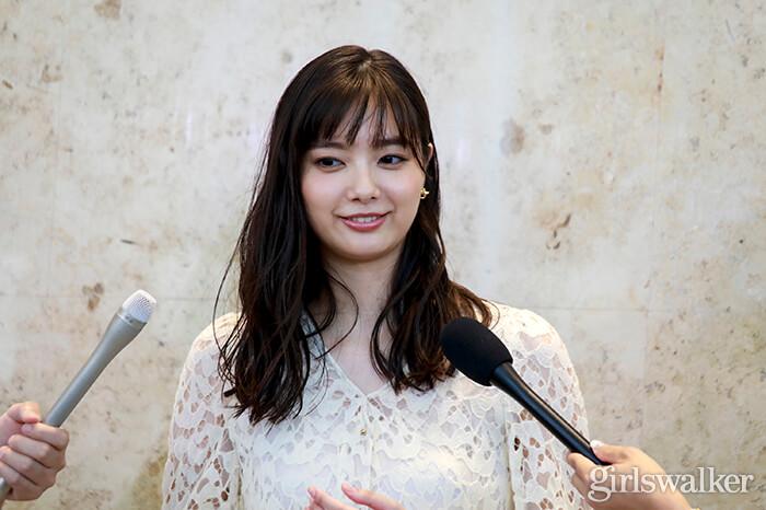 20190811_会見_新川優愛05