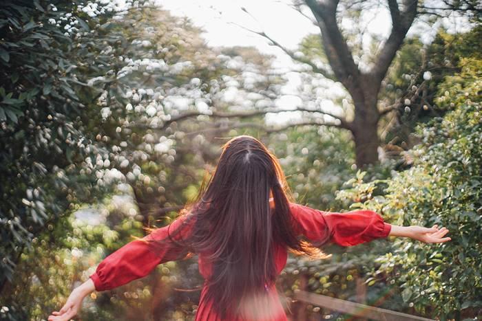 受け身すぎる姿勢はNG!「好きになってくれる人」を待つのをやめるべき理由