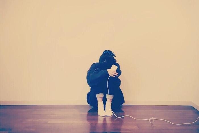 一人が苦手、構われたい・・・寂しがり屋すぎる自分を克服するには?