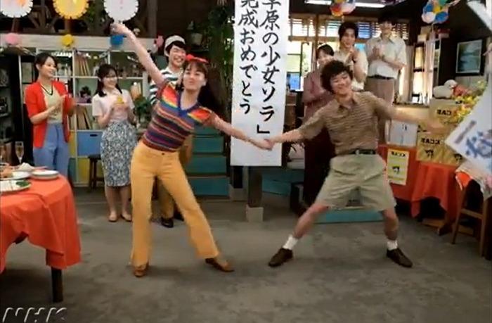 『なつぞら』染谷将太&伊原六花の息ぴったりダンスにファン胸キュン