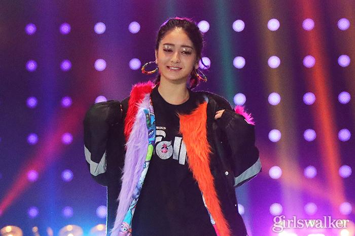 池田美優、超ミニ丈ショーパンからのぞく美脚に注目集まる