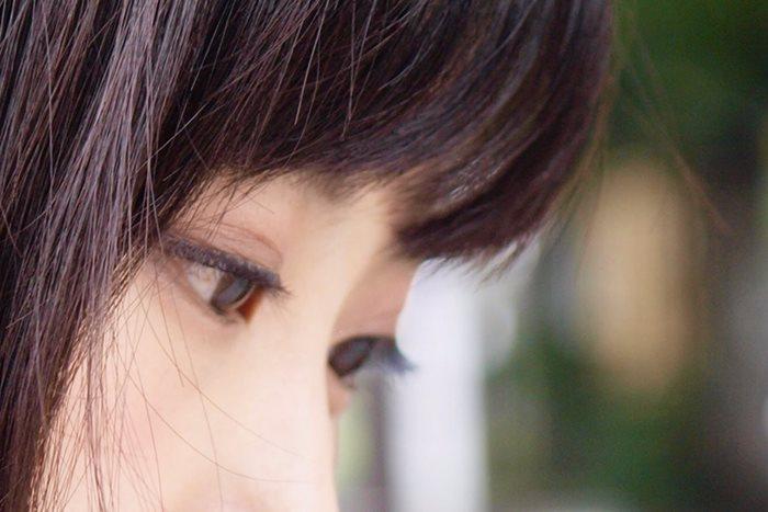 なぜか目が合う、質問が多い…男性心理が生み出す好意のサイン10選
