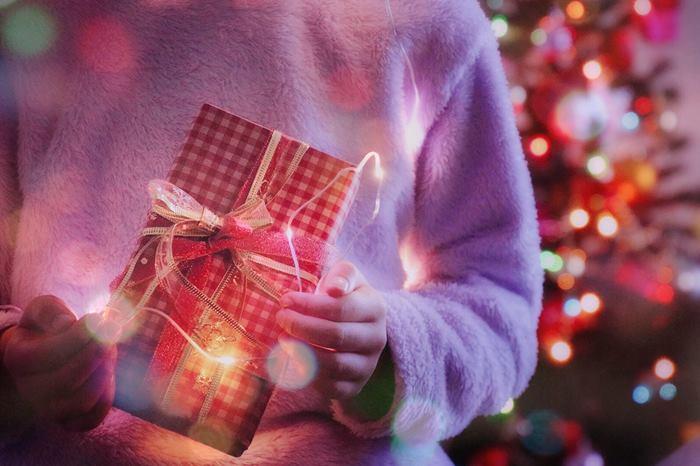 何あげる?予算は?彼氏が喜ぶクリスマスプレゼント7選