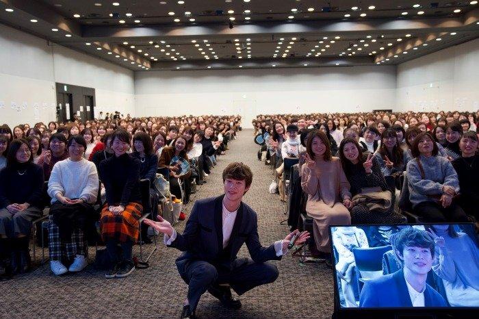 s-宮沢氷魚_初ファンミーティング開催DSC02228