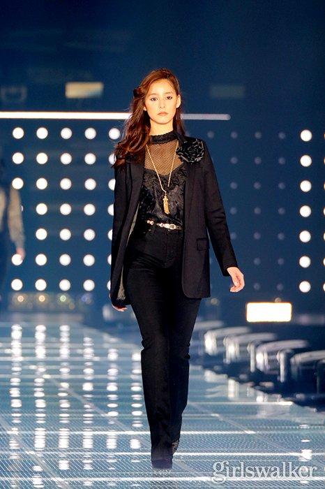 20200229_新木優子_01_クールビューティ_モデル_女優_美女_おしゃれ_ファッションTGC