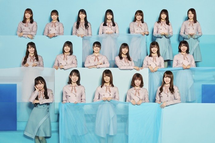 s-4th 日向坂46最新アー写