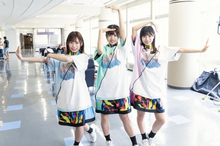 s-_DASADA8話_FACTORY_01_東村芽依_松田好花_河田陽菜