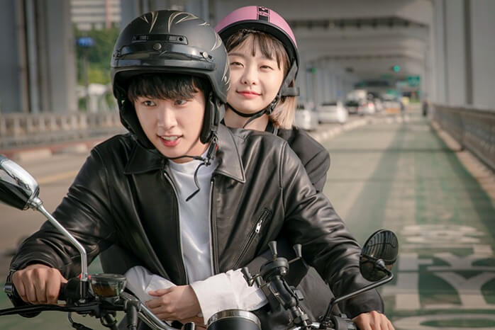 s-『梨泰院クラス』イソ バイク2人乗り
