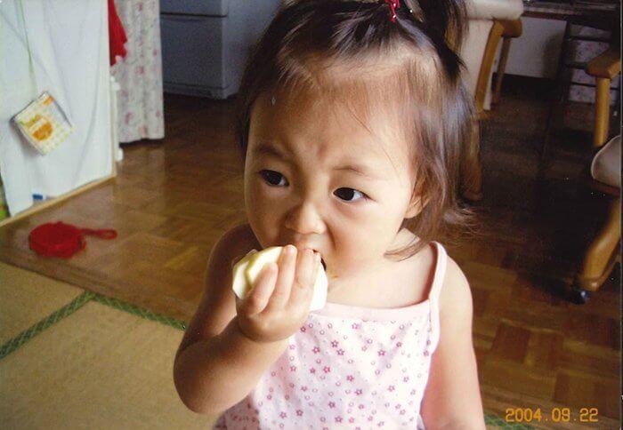 1歳当時_宮野陽名_幼少_子どもの頃の写真