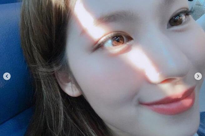 TWICEサナ美肌瞳チョコレート目近距離ドアップinstagram