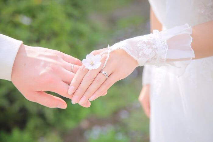 前撮りをしているプレ花嫁