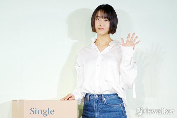 山本美月ZINUSアンバサダー発表会_白シャツ&デニムを着用_ボブヘアスタイル14