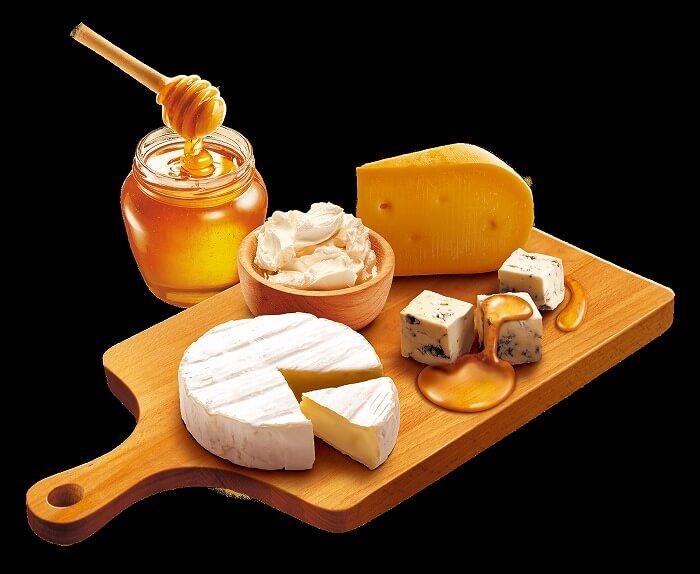 ハーゲンダッツ_クリスピーサンド_クアトロフォルマッジ_4種のチーズとはちみつ_カマンベール_ゴルゴンゾーラ_ゴーダ_クリームチーズ