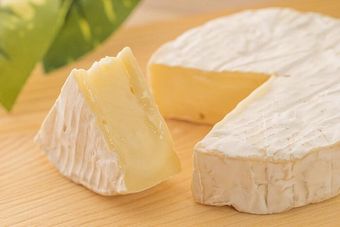 SCAPES THE SUITE_スケープス ザ スィート_チーズケーキ_ミシュラン_4レッドパビリオン_ホテル_3種の濃厚チーズケーキ_カマンベールチーズ