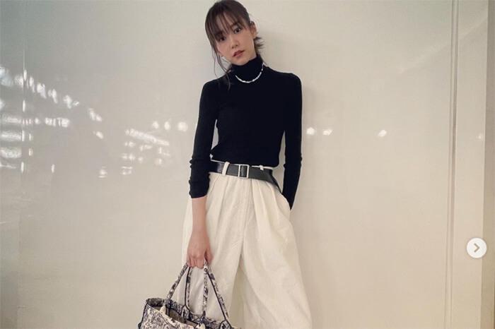 桐谷美玲、ボーイッシュな私服コーデに反響「お洒落」「産後この体型は素晴らしい」