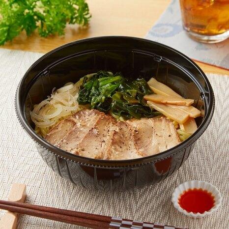 冷しチャーシュー麺 ラー油付 554円(ファミリマート通常価格・税抜)