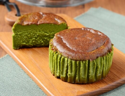 バスチー -バスク風抹茶チーズケーキ- 225円(ローソン標準価格・税込)