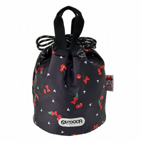 ディズニー_さくらんぼ_ディズニーストア_shopDisney_OUTDOOR PRODUCTS 巾着バッグ 6,490円(税込)