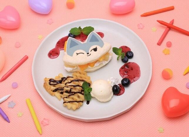 WDZYカフェ_ITZY_CHUNG-EE フルーツサンドイッチ 1,600円(税抜)